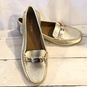 """Mint Condition Gold Leather Coach """"Olive""""  Size 6B"""
